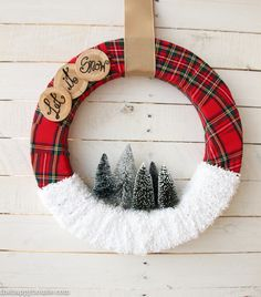 let-it-snow-christmas-wreath-inspired-by-the-make-it-fun-floracraft-christmas-projects-book-tutorial-at-the-happy-housie-8