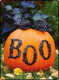 pumpkins and buttons...cute