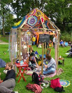 Gehaakte tent Eldorica festival Haarlem