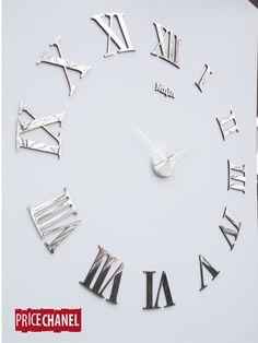 No eres puntual..... por que no pones un Reloj Gigante .....
