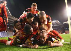 De Rode Duivels vieren uitbundig het doelpunt van aanvoerder Vincent Kompany in het WK-kwalificatieduel tegen Schotland
