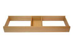 Kleinteile in Schubladen lassen sich kaum bändigen. Hier die Lösung: Kleinteileeinsatz aus massiver Eiche mit Schiebeelement; kombinierbar mit anderen Schubladeneinätzen aus massiver Eiche. www.stauraum-shop.de