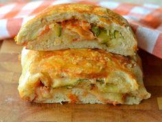 Strudel di pizza con parmigiana di zucchine