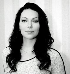 • Laura Prepon oitnb i'm in love with this pic Orange is the new Black Alex Vause missdontcare-x •