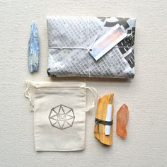 Packaging from an Etsy shop--helpful ideas for the field naturalist.
