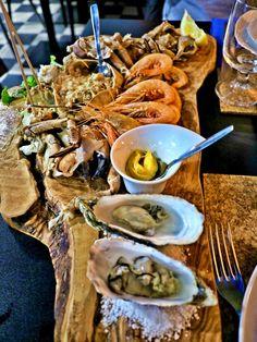 Sentidos de Mar, the best restaurant for Sea food in Setubal, Portugal. Quality never fails, everything tastes so good.