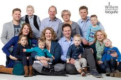 Familiefotografie - large group door Willem Hoogendoorn Fotografie uit Woerden