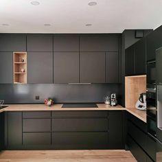 Qui na jamais rêvé dun beau parquet blanc Kitchen Room Design, Kitchen Cabinet Design, Modern Kitchen Design, Interior Design Kitchen, Kitchen Decor, Kitchen Layout, Kitchen Ideas, Farmhouse Kitchen Cabinets, Modern Farmhouse Kitchens