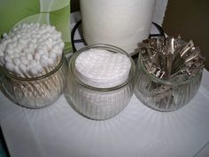 Tips/Tutorial: Reuse Candle Jars to hold cotton balls, loose change, candies, chocolates, a potted plant… possibilities are endless! Reuse Candle Jars, Candle Containers, Glass Candle, Clear Glass, Diy Craft Projects, Diy Crafts, Craft Ideas, Diy Ideas, Decor Ideas