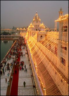 #Golden Temple, Amritsar, Punjab, (INDIA)     -   http://vacationtravelogue.com We guarantee the best price