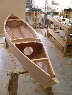 Rich Tannen furniture, etc. - Hull, bulkheads and decking structure Canoe Plans, Wooden Boat Plans, Wooden Boats, Kayak Boats, Canoe And Kayak, Woodworking Canoe, Canoa Kayak, Duck Hunting Boat, Wood Canoe