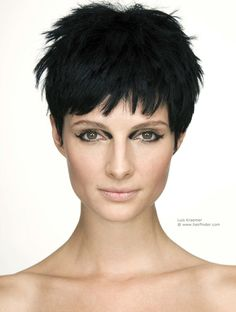 textured pixie haircuts | Short textured pixie for the independent woman