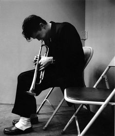 Chet Baker, Los Angeles record session, 1953 by Bob Willoughby. S)