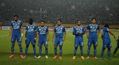 Menjamu Kitchee di Stadion Si Jalak Harupat, Selasa (27/5/2015) sore WIB, Persib Bandung harus mengubur mimpi melaju ke perempatfinal Piala AFC 2015 setelah dihentikan oleh Kitchee di babak 16 besar. 'Maung Bandung' gagal lolos usai kalah 0-2.