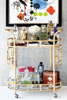ARTICLE: 10 Must-Have Bar Cart Items for Your Holiday Party