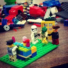 A stormtrooper a pirate and Greedo walk into a bar... #lego #deisdestress #finals #LTSfinalsfun