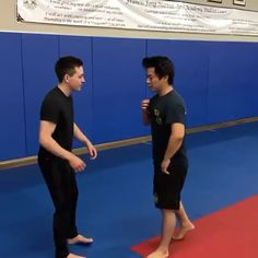 Fight Techniques, Jiu Jitsu Techniques, Martial Arts Techniques, Self Defense Techniques, Krav Maga Techniques, Krav Maga Self Defense, Self Defense Moves, Self Defense Martial Arts, Krav Maga Martial Arts