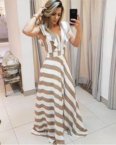 New style hijab simple fashion Ideas Cotton Dresses, Cute Dresses, Beautiful Dresses, Casual Dresses, Fashion Dresses, Style Hijab Simple, Jw Mode, Stylish Dress Designs, Evening Dresses