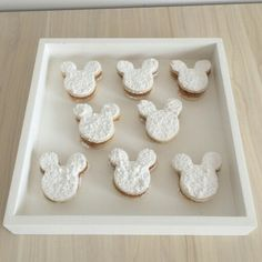 Alfajores  minnie mouse  #Alfajores #MinnieMouseparty #MesaDePostres #TableDessert #MinnieMouse