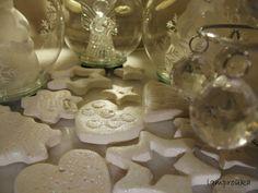 for my christmas tree Christmas Ornament Crafts, Fun Crafts, Diy And Crafts, Christmas Crafts, Crafts For Kids, Arts And Crafts, Christmas Ideas, Cold Porcelain, Xmas Decorations