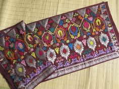 Luxurious Songket Bali made from silk, Indonesia Traditional Wedding, Traditional House, Traditional Outfits, Bali Lombok, Indonesian Art, Ikat, Hand Weaving, Fabrics, Textiles
