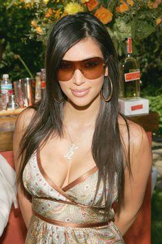 But those sunglasses would never pass Kanye's approval process. Just A Reminder That Kim Kardashian Used To Dress Like This Robert Kardashian, Khloe Kardashian, Kim Kardashian Sunglasses, Kardashian Photos, Kendall, Kylie, Kardashian Kollection, 00s Mode, Young Kim