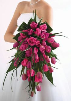 #Wedding Bouquet - pink ♡ 'How to plan a wedding' iPhone App ... Your Complete Wedding Ceremony Guide ♡ https://itunes.apple.com/us/app/the-gold-wedding-planner/id498112599?ls=1=8 ♡ Weddings by Colour ♡ http://www.pinterest.com/groomsandbrides/boards/