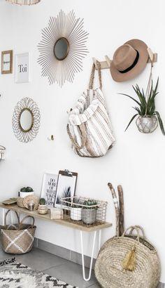 Trendy home inspiration grey benches Ideas Decor, Creative Home, Mirror Decor, Boho Chic Interior Design, Trendy Home, Decorating Blogs, Creative Home Decor, Diy Home Decor, Bohemian Bedroom Design