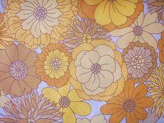 Super sweet Retro fabric by ellenthemelon, via Flickr