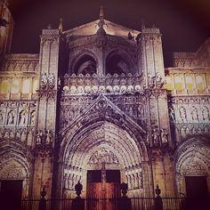 """#catedral de Santa Maria, puerta de los Reyes o del Perdón en #toledo  #toledoturismo #turismoespaña #turismo #turismocultural #patrimoniotoledo #patrimonio  #igersspain #igersclm #igerstoledo"" Photo taken by @mickylon on Instagram, pinned via the InstaPin iOS App! http://www.instapinapp.com (04/24/2015)"
