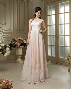 1f249f369189 Elegantné svadobné šaty zdobené čipkou Šaty Pre Družičky