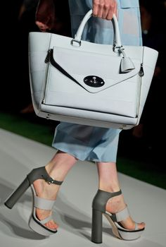 Detail of look 8: Mulberry Willow Tote #LFW