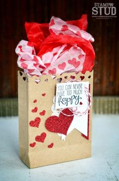 Loved this bag made by Stampin' Stud: & if you read his very entertaining blog post, our V-day was nothing like that Lol!