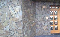Schieferplatten unregelmaessig als Wandbeleg Tile Floor, Flooring, Texture, Crafts, Painting, Art, Slate Plates, Craft Art, Manualidades