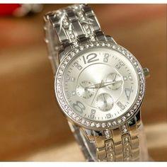 Luxury Gold Crystal Quartz Rhinestone Date Lady Women Wrist Watch