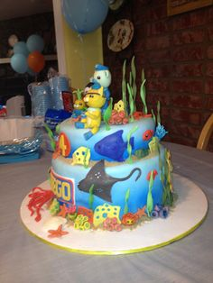 Octonauts. birthday cake with disney characters