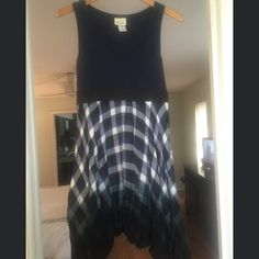 Pretty Good Brand Dress Size Small Asymmetric Super cute dress in size small. From smoke free home and in great condition. Asymmetric design. 100% cotton. Navy/Black/White. Pretty Good Brand Dresses Asymmetrical
