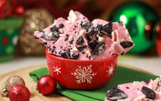 Ultimate Homemade Holiday Gift: Peppermint Oreo Candy Bark