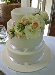 Wedding cakes Cairns, Port Douglas & Palm Cove