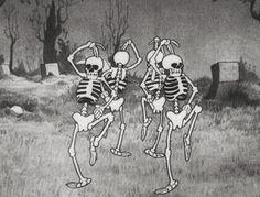 gif love skulls haha cute Black and White disney Cool horror dancing Halloween crazy dance skull skeletons skeleton spooky pastel goth back ...