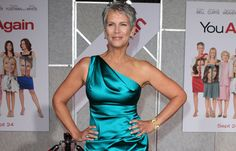 Fashion Over Fifty - Jamie Lee Curtis looks amazing here!