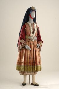 Costumes/ Components - Museum of Modern Greek Culture Period Costumes, Greek Costumes, Dance Costumes, Greek Traditional Dress, Traditional Outfits, Historical Costume, Historical Clothing, Greek Culture, Ethnic Dress