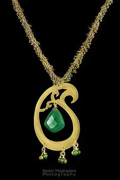 ALANGOO - Handmade Green Jade Paisley Necklace
