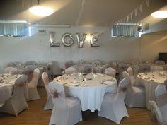 Wedding Venues, Table Decorations, Weddings, Furniture, Home Decor, Wedding Reception Venues, Homemade Home Decor, Wedding Places, Mariage