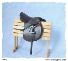 Model Horse Black English Close Contact All Purpose Saddle Cross Country Show Jumping Hunter