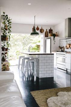 Beautiful Contemporary Kitchen Interior Idea (53)