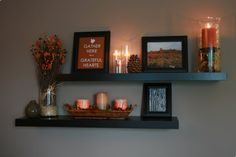 7 Discover Tips: Three Floating Shelves Living Room floating shelf decor bathroom.Floating Shelves Above Couch Texture floating shelf entryway baskets. Floating Shelf Decor, Floating Shelves Bathroom, Glass Shelves, Room Shelves, Black Floating Shelves, Kitchen Shelves, Happy House, Autumn Home, Diy Autumn