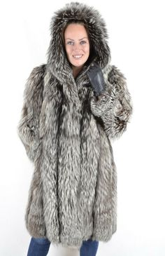 US2710 TRENDY SILVER FOX FUR COAT JACKET HOOD SIZE L - CLASS OF BLUE FOX Fox Fur Coat, Fox Fur Jacket, Vest Jacket, Leather Jacket, Grey Fox, Mink Fur, Fur Fashion, Jackets, Blue