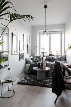 Post: El estudio más acogedor del mundo --> blog decoración nórdica, decoración gris, distribución diáfana, El estudio más acogedor del mundo, estilo escandinavo, interiores pequeños, mini estudios decoración, mini pisos, mini pisos nórdicos
