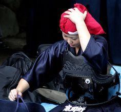 Getting Ready for Battle by kiri-fuda, via Flickr